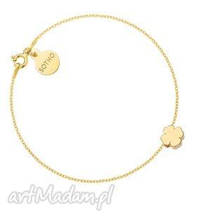 złota bransoletka z delikatną koniczynką, bransoletka, złota, koniczynka