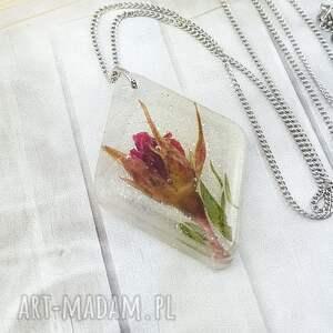 1146/mela - wisiorek z żywicy różą, wisiorek, żywica, kwiaty, epoksyd, róża