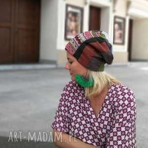Ruda Klara. czapka patchworkowa kolorowa damska przejściówka