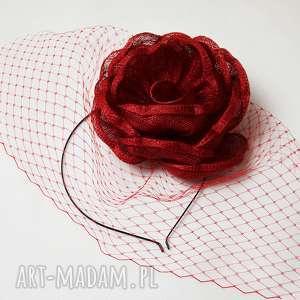 ozdoby do włosów czerwona róża, woalka, fascynator