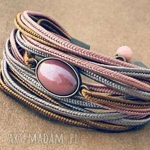 bransoletka emma biżuteria na lato, kolorowa biżuteria, nude, sutasz