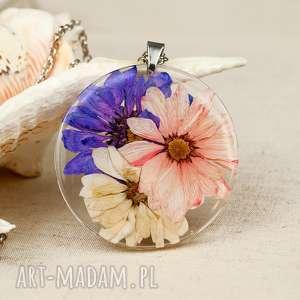 Prezent z135 Naszyjnik z suszonymi kwiatami, medalion kwiatem, kwiaty w żywicy