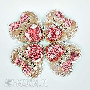dekoracyjne serce piernikowe dla babci z kolekcji meine - róża