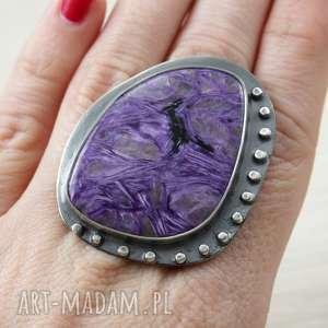 ręcznie wykonane pierścionki czaroit i srebro - duży pierścień 2730