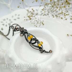 yellow crystal - naszyjnik z wisiorem kryształkami