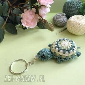 żółwik breloczek na szydełku, breloczek, wiosenny, pastelowy
