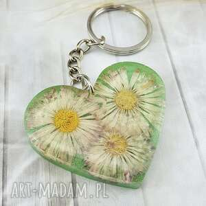 1133/mela - brelok do kluczy z żywicy serce, brelok, żywica, kwiaty, epoksyd