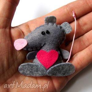 zakochana mysia, filc, mysz, serce, lekka, modna, miękka