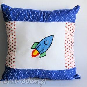 poduszka z rakietą, poduszka, dziecko, chłopiec, rakieta, haft, urodziny