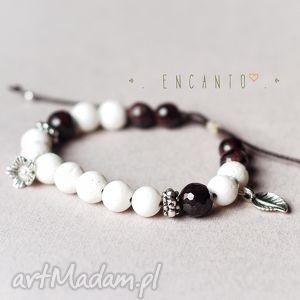 *Garnet in white*, kamienie, naturalne, granat, koral, zawieszki, sznurek