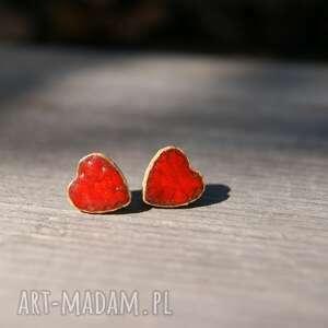 ceramiczne kolczyki serduszka czerwone, kolczyki, serca, sztyfty