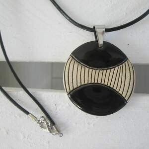 Prezent naszyjnik czarny ceramiczny, ceramiczny-wisiorek, wisior, naszyjnik-ceramika