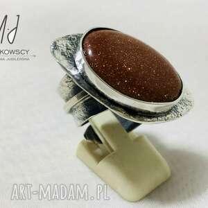 srebrny pierścionek kamieniem piasek pustyni rękodzieło rozmiar regulowany