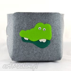hand-made pokoik dziecka pojemnik na zabawki - krokodyl szarym filcu