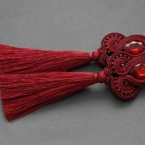 bordowe kolczyki sutasz z chwostami, sznurek, eleganckie, wiszące, burgund, wino