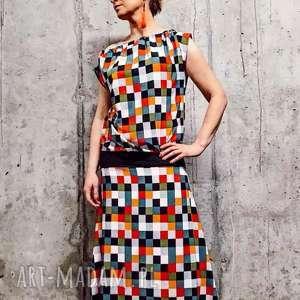 piksele ukryte w sukience-limitowana kolekcje, boho-sukienka, oryginalna-sukienka