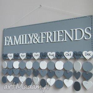 dekoracje kalendarz rodzinny, urodzin, drewniany, dowolne kolory