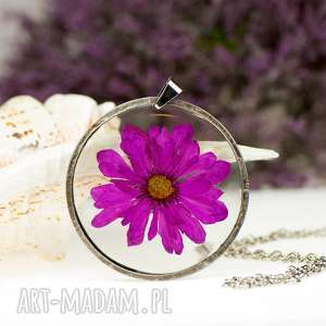 z63 naszyjnik z suszonymi kwiatami, herbarium jewelry, kwiaty w żywicy