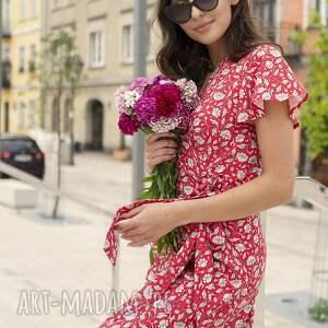 kopertowa sukienka z asymetrycznym dołem - suk198 czerwony wzór