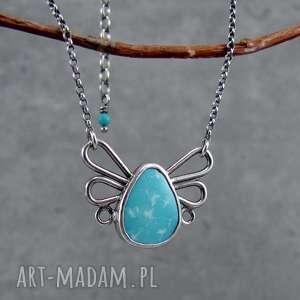 turkusowy motylek - delikatny, dziewczęcy, pastelowy, romantyczny, motyl, skrzydła