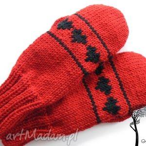 rękawiczki jednopalczaste, rękawiczki, serce, walentynki, dziergane