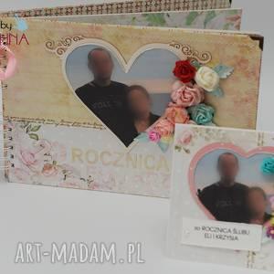 hand-made scrapbooking albumy album z kartką na rocznicę ślubu