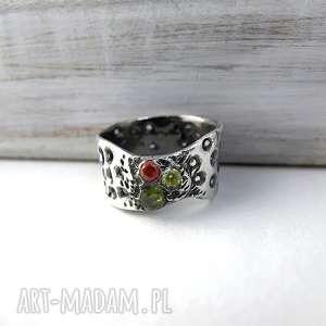 ręcznie zrobione obrączki pierścionek art clay silver, cyrkonie, szeroka obrączka