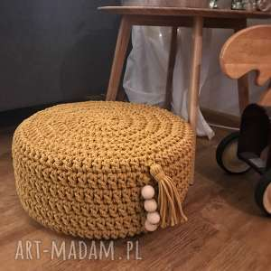 dziergana pufa,skandynawski design, pufa dla dziecka, siedzisko, podłoga, zabawa