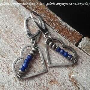 dla wyjątkowej kolczyki z sercami, lapis lazuli, srebro oksydowane