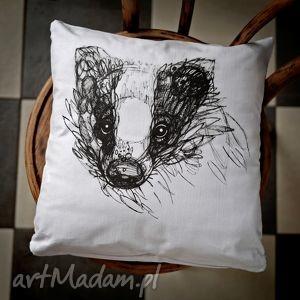 ręczne wykonanie poduszki borsuk bawełniana poszewka z nadrukiem 40 x 40