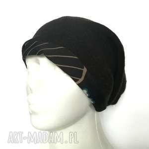 ręcznie robione czapki czapka czarna damska kolorowa patchworkowa tył