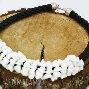 oryginalny prezent, naszyjnik agat biały, naszyjnik, agat, sznur, owijany naszyjniki