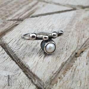 handmade pierścionki wild pearl - drop i srebrny pierścionek z perłą słodkowodną
