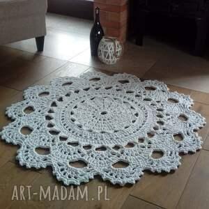 dywan biała lilia, 120 cm, ze sznurka, okrągły, z koronką