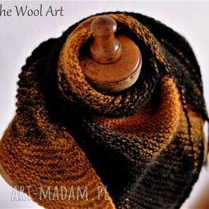 hand-made chustki i apaszki asymetryczna chusta