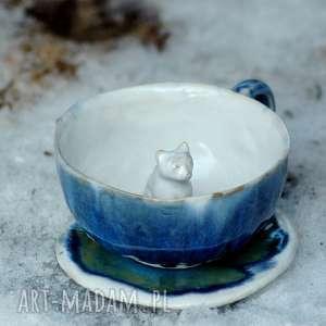 ceramiczna duża filiżanka kubek z figurką kota- lodowa, kubek, zkotem, wyjątkowa
