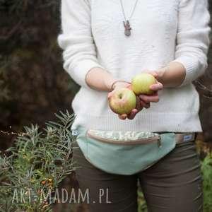 nerka mini - wierzba morris, kwiaty, liście, jesień, wycieczka, mięta