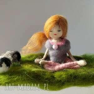 magisches-atelier medytacja yoga na łonie natury yoginka - miedziany naszyjnik