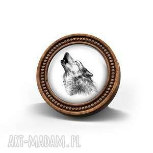 Broszka drewniana liliarts - wilk broszki broszka, leśna, wilk