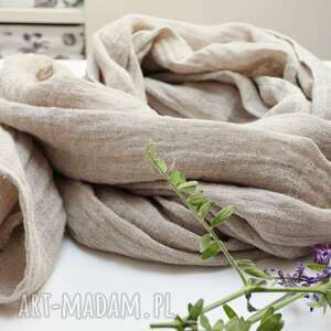 lniany szal chusta w kolorze naturalnego beżu, modny wiosenny szal damski, lniany
