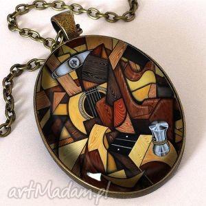 muzyczny nieład - owalny medalion z łańcuszkiem, prezent