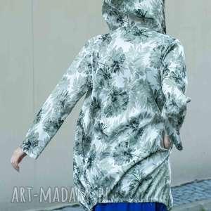 narzutka karina ecri z beż kwiatami, kurtkil, spodnie, bluzki, sukienki, bluzy