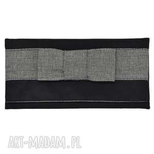 03-0022 czarna torebka kopertówka wieczorowa do ręki crow, torebki wieczorowe