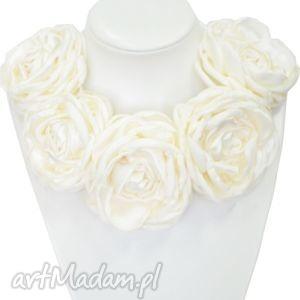 ręczne wykonanie naszyjniki kwiatowa kolia - model 10 - ecru