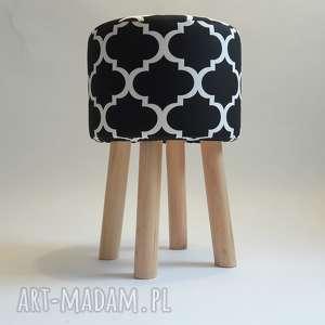 ręcznie zrobione pufy pufa koniczyna maroco czarno - biała 2