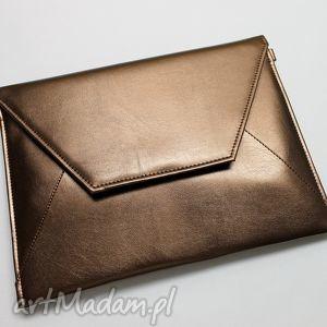 kopertówki kopertówka - miedziana z perłowym połyskiem, elegancka, nowoczesna, połysk