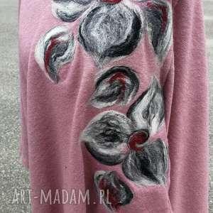 ręcznie robione poncho blady róż pastel wrzos merynosy