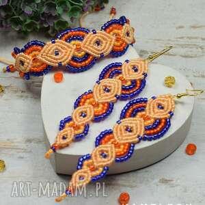 kolorowy komplet biżuterii z koralików w odcieniach chabru i pomarańczy