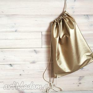 plecak miejski złoty, miejski, casual, eco, skóra, codzienny, prezent