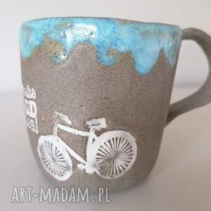 kubek we dwoje na rowerze, ceramika rękodzieło, z gliny, dekoracja